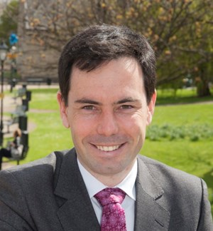 Mr Steve Bates OBE