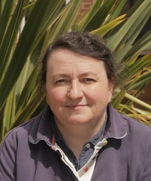 Dr Paula Chadwick
