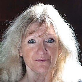 Nicola Clayton