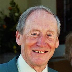 Derek Hull